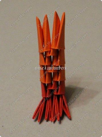 Для сборки петуха необходимо всего 359 модулей  (1/32) 150 - модулей красного  цвета 101 -  модуль жёлтого цвета    51 -  модуль зелёного цвета    40 -  модулей синего цвета    17 -  модулей оранжевого цвета   фото 20