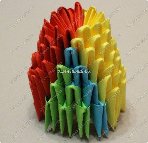 Для сборки петуха необходимо всего 359 модулей  (1/32) 150 - модулей красного  цвета 101 -  модуль жёлтого цвета    51 -  модуль зелёного цвета    40 -  модулей синего цвета    17 -  модулей оранжевого цвета   фото 8