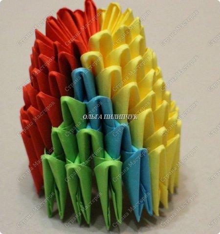 Для сборки петуха необходимо всего 359 модулей  (1/32) 150 - модулей красного  цвета 101 -  модуль жёлтого цвета    51 -  модуль зелёного цвета    40 -  модулей синего цвета    17 -  модулей оранжевого цвета   фото 9