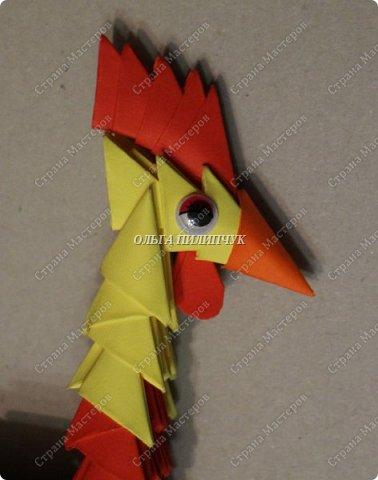 Для сборки петуха необходимо всего 359 модулей  (1/32) 150 - модулей красного  цвета 101 -  модуль жёлтого цвета    51 -  модуль зелёного цвета    40 -  модулей синего цвета    17 -  модулей оранжевого цвета   фото 19