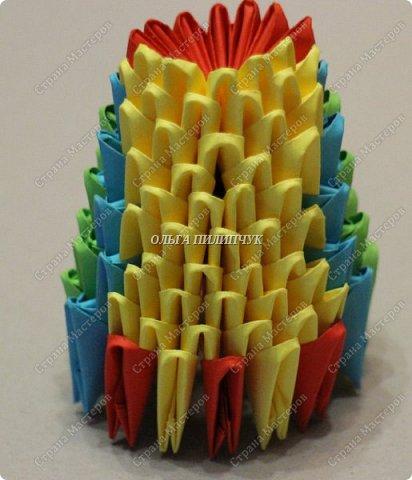 Для сборки петуха необходимо всего 359 модулей  (1/32) 150 - модулей красного  цвета 101 -  модуль жёлтого цвета    51 -  модуль зелёного цвета    40 -  модулей синего цвета    17 -  модулей оранжевого цвета   фото 12