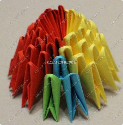 Для сборки петуха необходимо всего 359 модулей  (1/32) 150 - модулей красного  цвета 101 -  модуль жёлтого цвета    51 -  модуль зелёного цвета    40 -  модулей синего цвета    17 -  модулей оранжевого цвета   фото 4