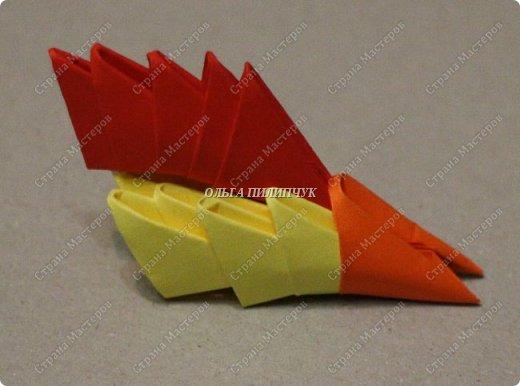 Для сборки петуха необходимо всего 359 модулей  (1/32) 150 - модулей красного  цвета 101 -  модуль жёлтого цвета    51 -  модуль зелёного цвета    40 -  модулей синего цвета    17 -  модулей оранжевого цвета   фото 18