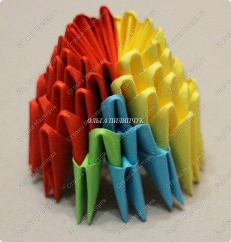 Для сборки петуха необходимо всего 359 модулей  (1/32) 150 - модулей красного  цвета 101 -  модуль жёлтого цвета    51 -  модуль зелёного цвета    40 -  модулей синего цвета    17 -  модулей оранжевого цвета   фото 5