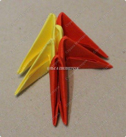 Для сборки петуха необходимо всего 359 модулей  (1/32) 150 - модулей красного  цвета 101 -  модуль жёлтого цвета    51 -  модуль зелёного цвета    40 -  модулей синего цвета    17 -  модулей оранжевого цвета   фото 22
