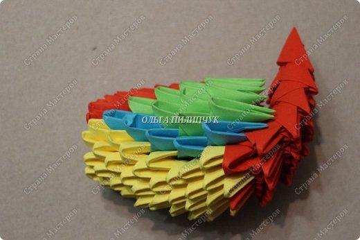 Для сборки петуха необходимо всего 359 модулей  (1/32) 150 - модулей красного  цвета 101 -  модуль жёлтого цвета    51 -  модуль зелёного цвета    40 -  модулей синего цвета    17 -  модулей оранжевого цвета   фото 15